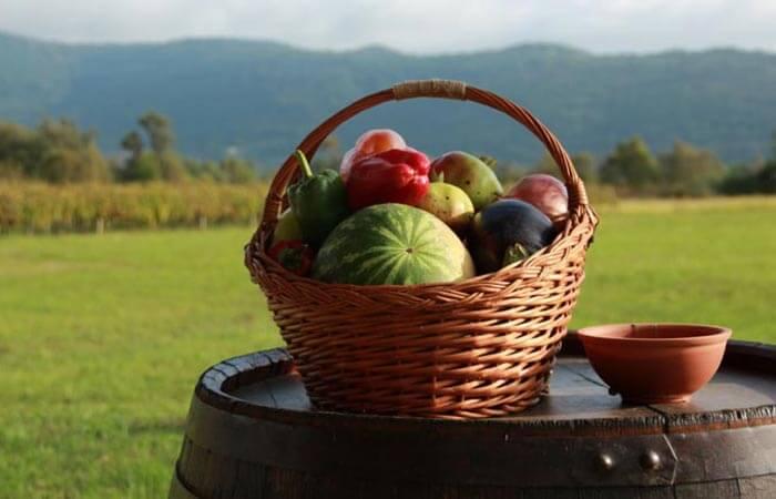 Cottage domestic fruits