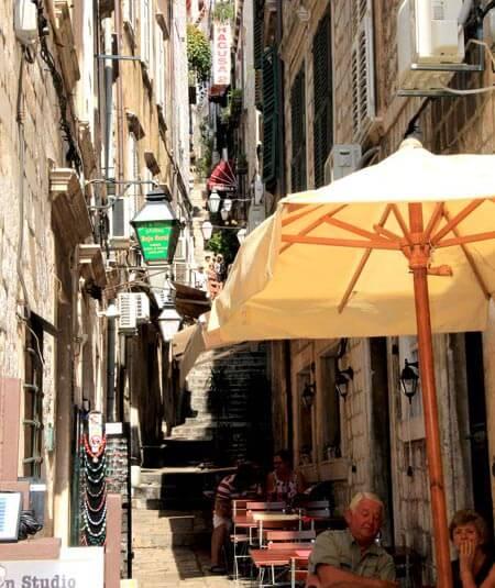Dubrovnik Stradun street