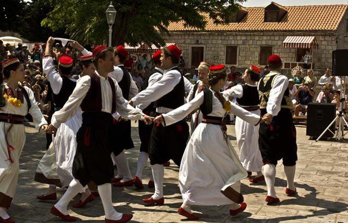 Cilipi folklor Poskocica