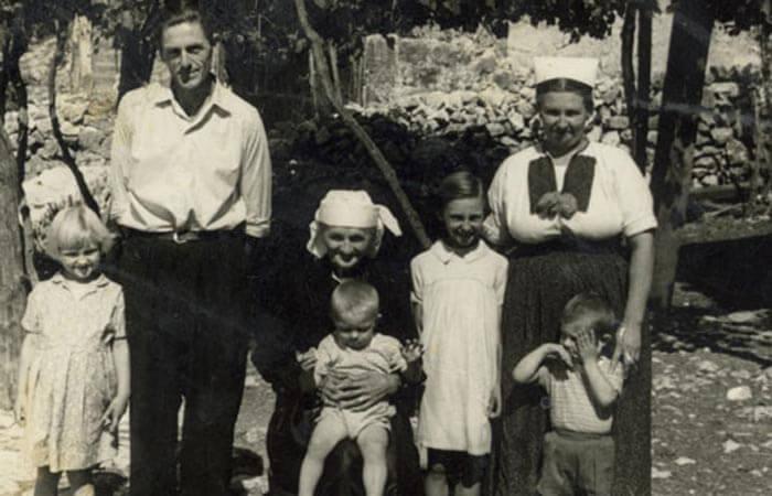 Family Mujo 1955