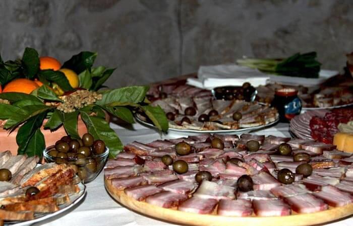 Kameni Dvori Konavle local cuisine tradtional apetizers