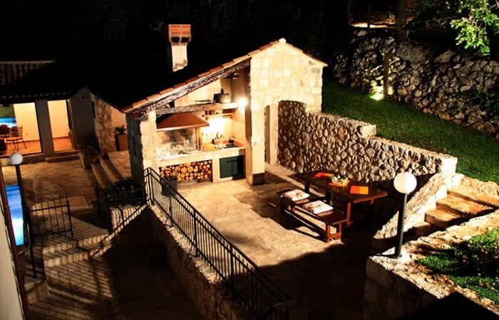 Kameni Dvori Property Outdoor Barbeque Grill Night