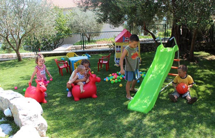 Kameni Dvori Property Outdoor Childrens Playground