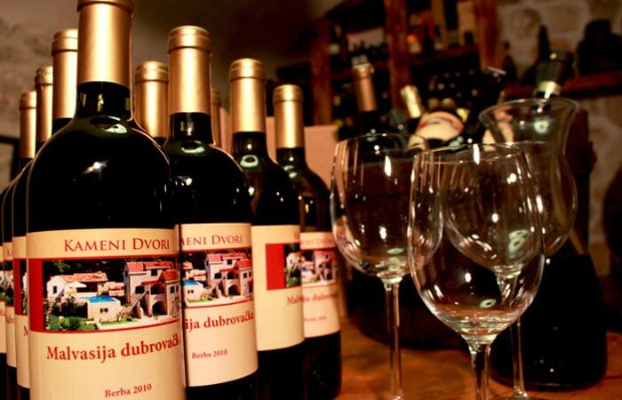 Kameni Dvori Wine Cellar Wine Malvasija