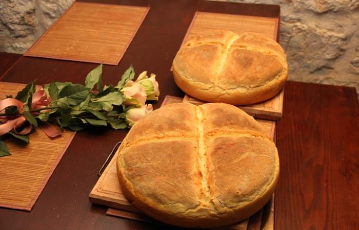 Kameni Dvori Tavern Inn - Home made Bread