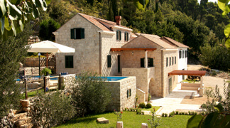Villas with Swimming Pools in Croatia - Villa Kameni Dvori Property, Dubrovnik