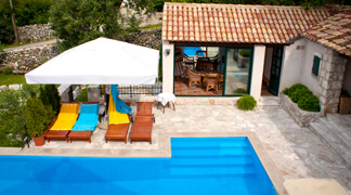 Villas with Swimming Pools in Croatia - Villa Kameni Dvori in Konavle, Dubrovnik